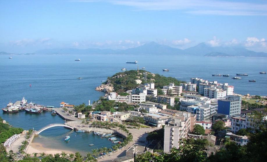 位于广东省阳江市海陵岛南面
